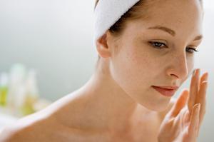 Борьба с пигментными пятнами на лице