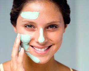 Чем протирать жирную кожу лица в домашних условиях